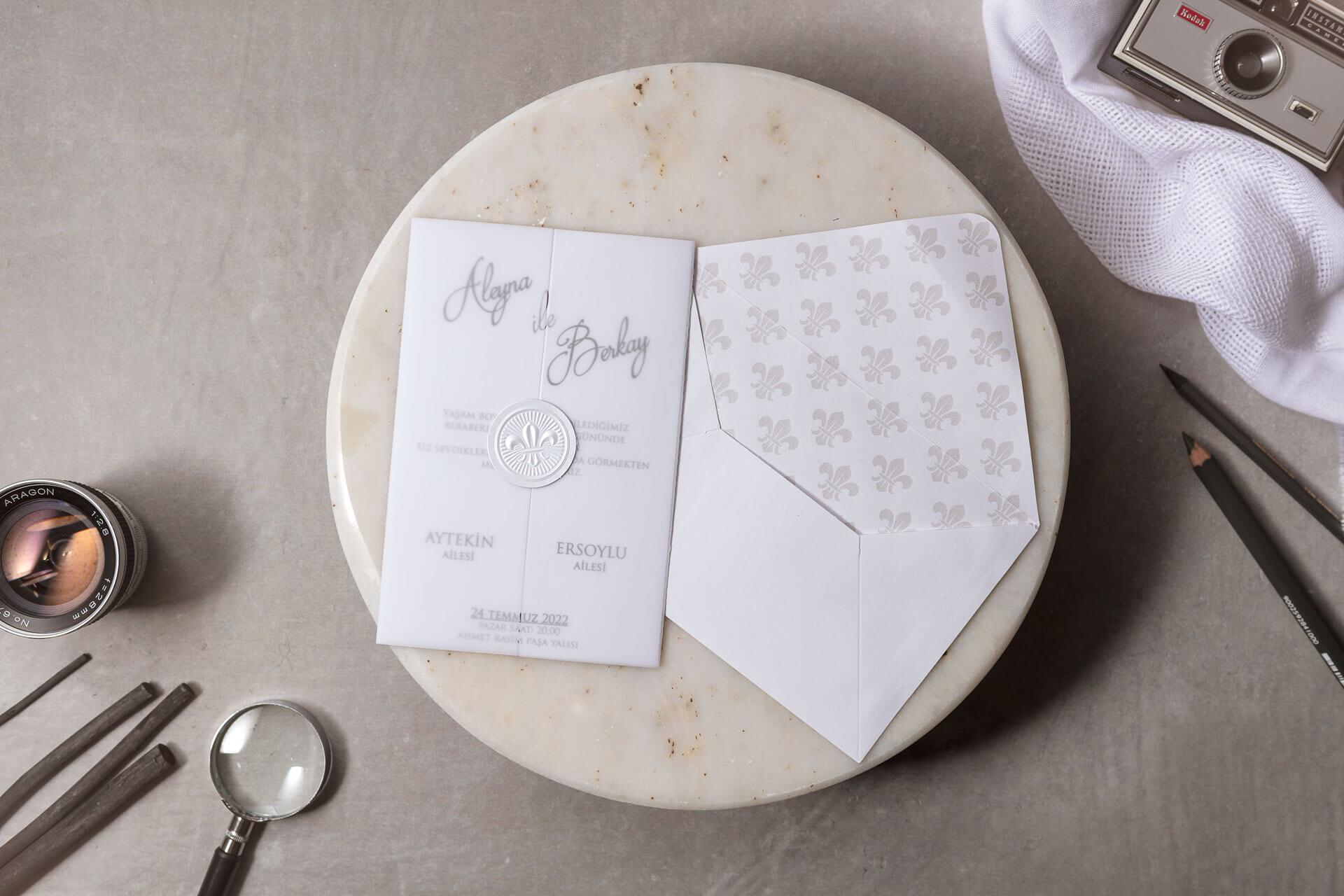 şeffaf-zarflı-düğün-davetiyesi-8398-1
