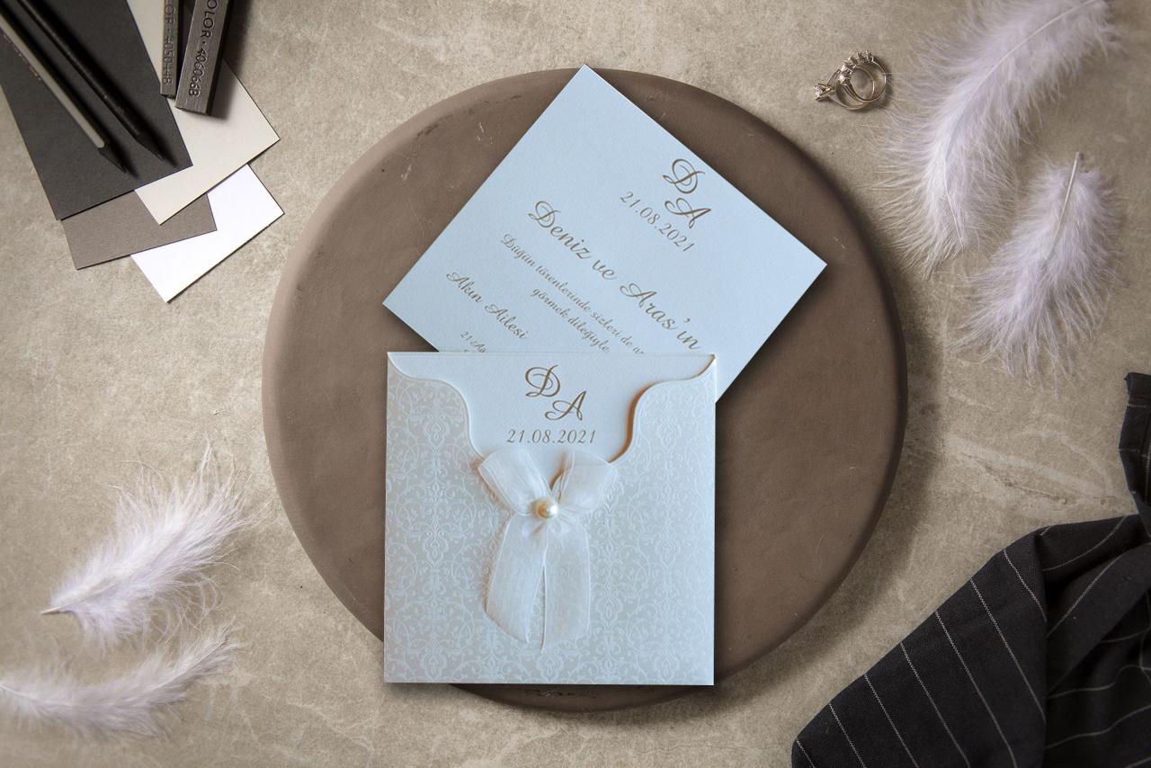 sade-ve-şık-düğün-davetiyesi